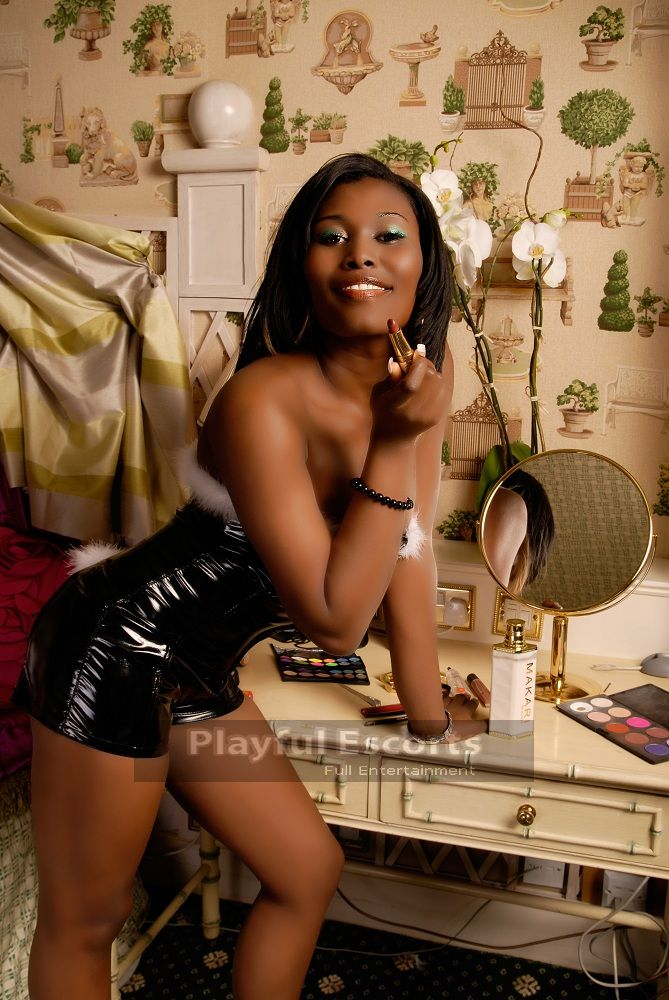 candy sexy black escort in london